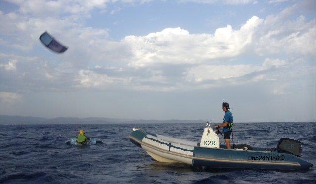 Découvrez les cours de kite en bateau : un vrai +